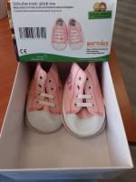 Schoentjes roze met witte veters - 65 cm
