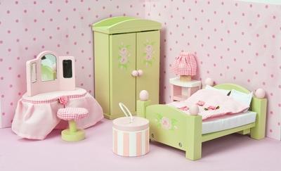 Master bedroom- Le toy van