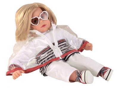 Hannah at the sea - Götz pop
