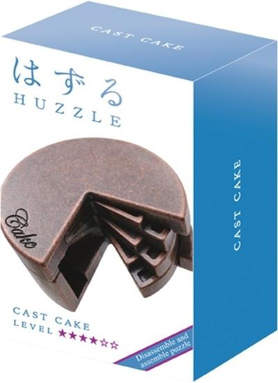 Huzzle Cast Cake ****